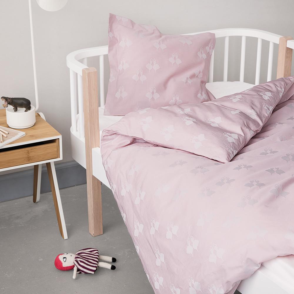 Billede af FAIRYTALE baby- og junior sengetøj Rose (35X40-Pude/ 80X100- Dyne / NO-Kidssæt, Rose)