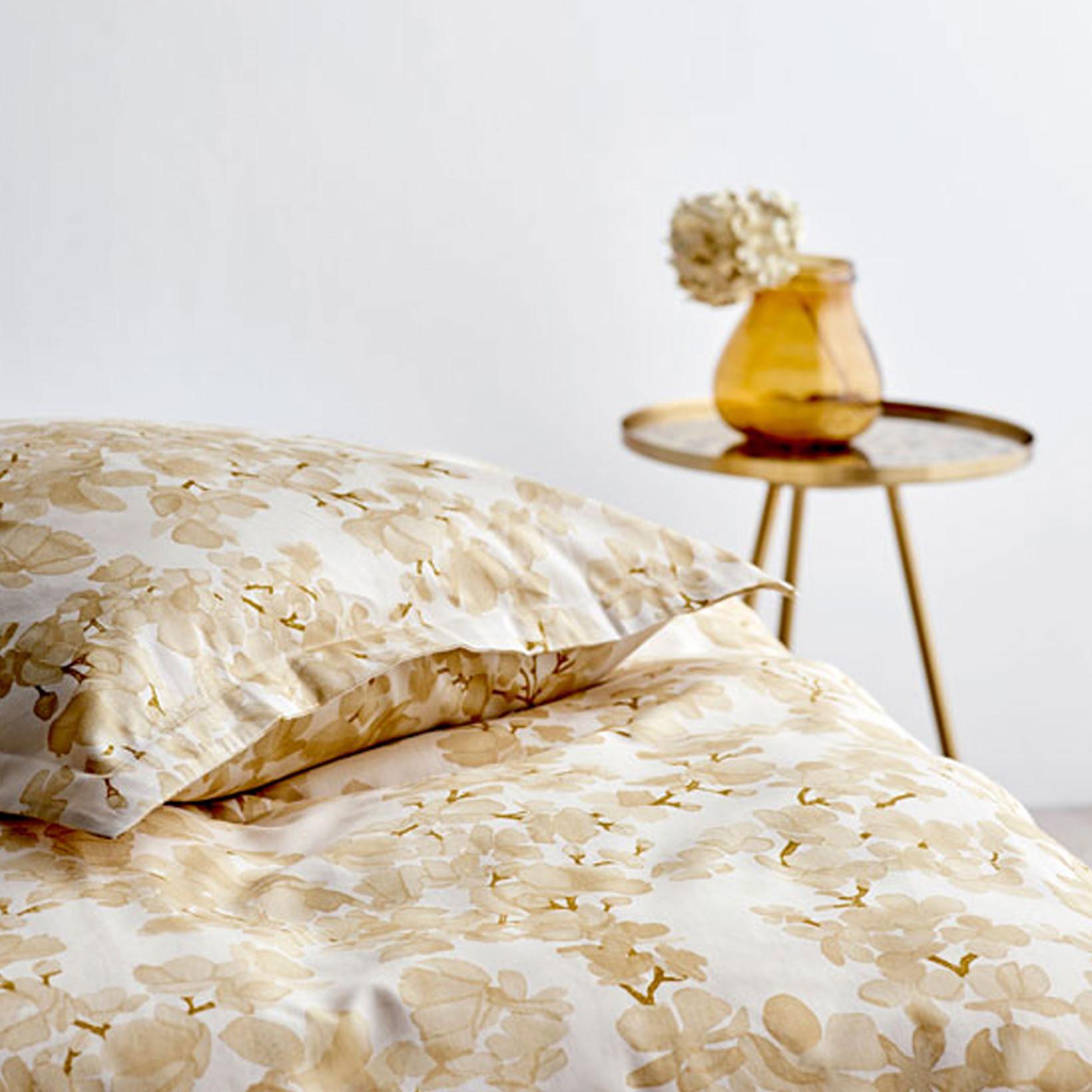 Picture of: Kob Sodahl Blossom Sengetoj 200×220 Cm Golden Lige Her Laekker Kvalitet Hurtig Fragt