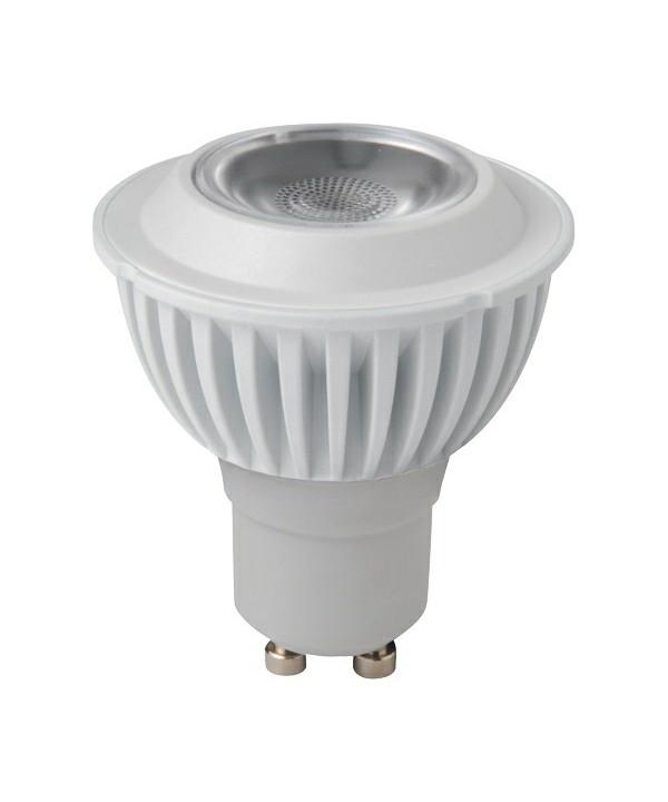 Producent MegamanKoncept Reflektor pære.  Den har 250lm, hvilket svarer til ca. 25-40W. Hvis du har det lidt svært med det, med pærer, kommer der her en lille kort forklaring om de vigtigste ting, du skal være opmærksom på.  I dag bliver lysstyrken målt på lumen i stedet for watt. Du kan nogenlunde gå ud fra nedenstående.  15W = 140 lumen  25W = 250 lumen  40W = 470 lumen  60W = 800 lumen  75W = 1050 lumen  100W = 1520 lumen Derudover kan man også se på en pære, at der er oplyst en RA eller CRI værdi. Det er lysets evne til at gengive farver og det vurderes på en skala fra 0-100 RA.  100 RA giver den bedste farvegengivelse og det er det, man får fra dagslys.  Til et almindeligt hjem, skal man vælge pærer med en RA værdi på mere end 80.  Der vil også være oplyst en kelvingrad. Dette er lysets farve. En pære med en kelvingrad på 2.700 - 3.000 har et varmt lys.  4.000-4.5000 giver et neutral til køligt lys og er den mest optimale lysfarve at arbejde i.  Hvis man har brug for ekstra energi