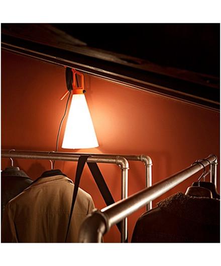may day arbejdslampe orange flos. Black Bedroom Furniture Sets. Home Design Ideas
