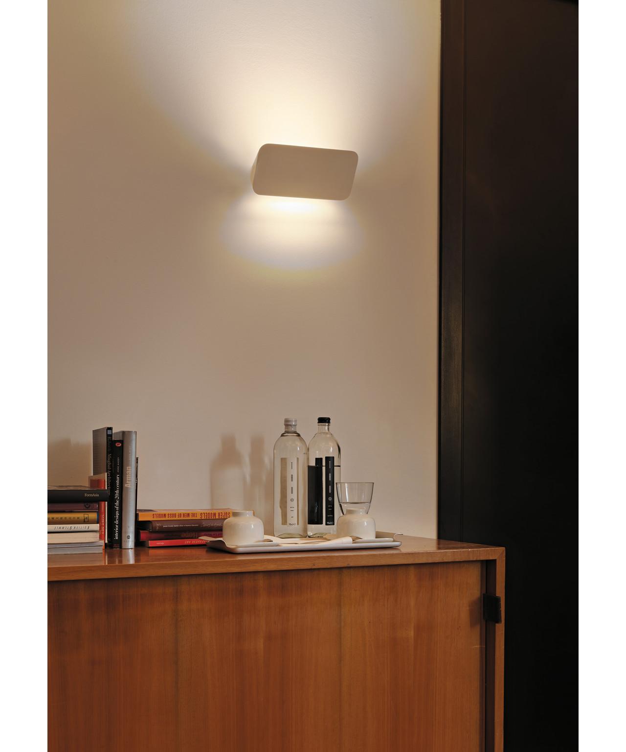 lane v glampe hvid luceplan. Black Bedroom Furniture Sets. Home Design Ideas