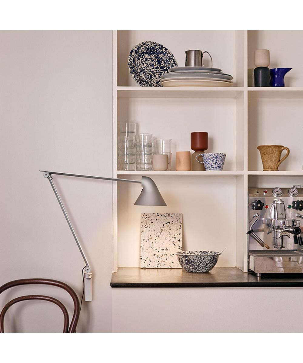 njp wandleuchte lang hell grau louis poulsen. Black Bedroom Furniture Sets. Home Design Ideas