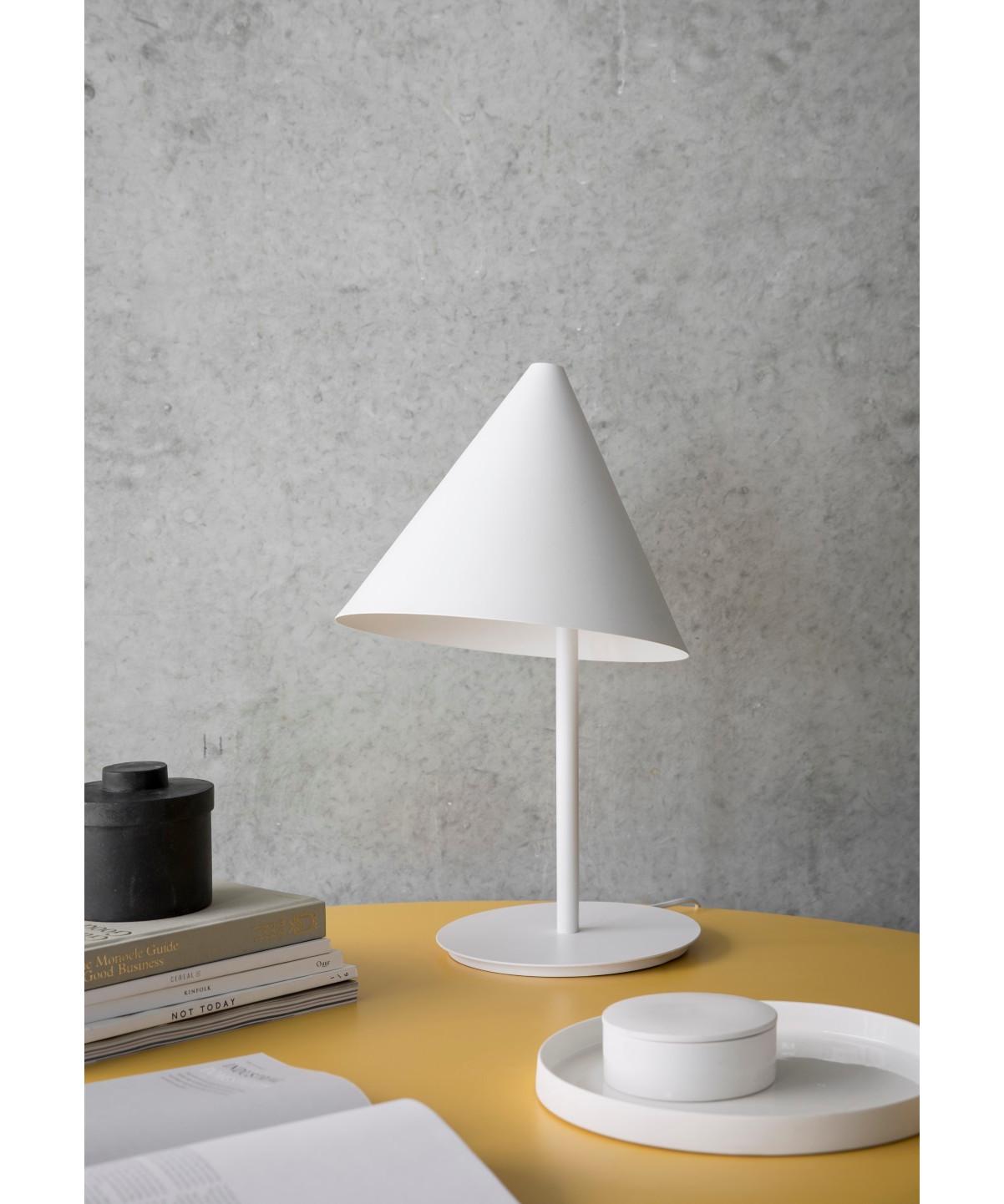 conic tischleuchte wei menu. Black Bedroom Furniture Sets. Home Design Ideas