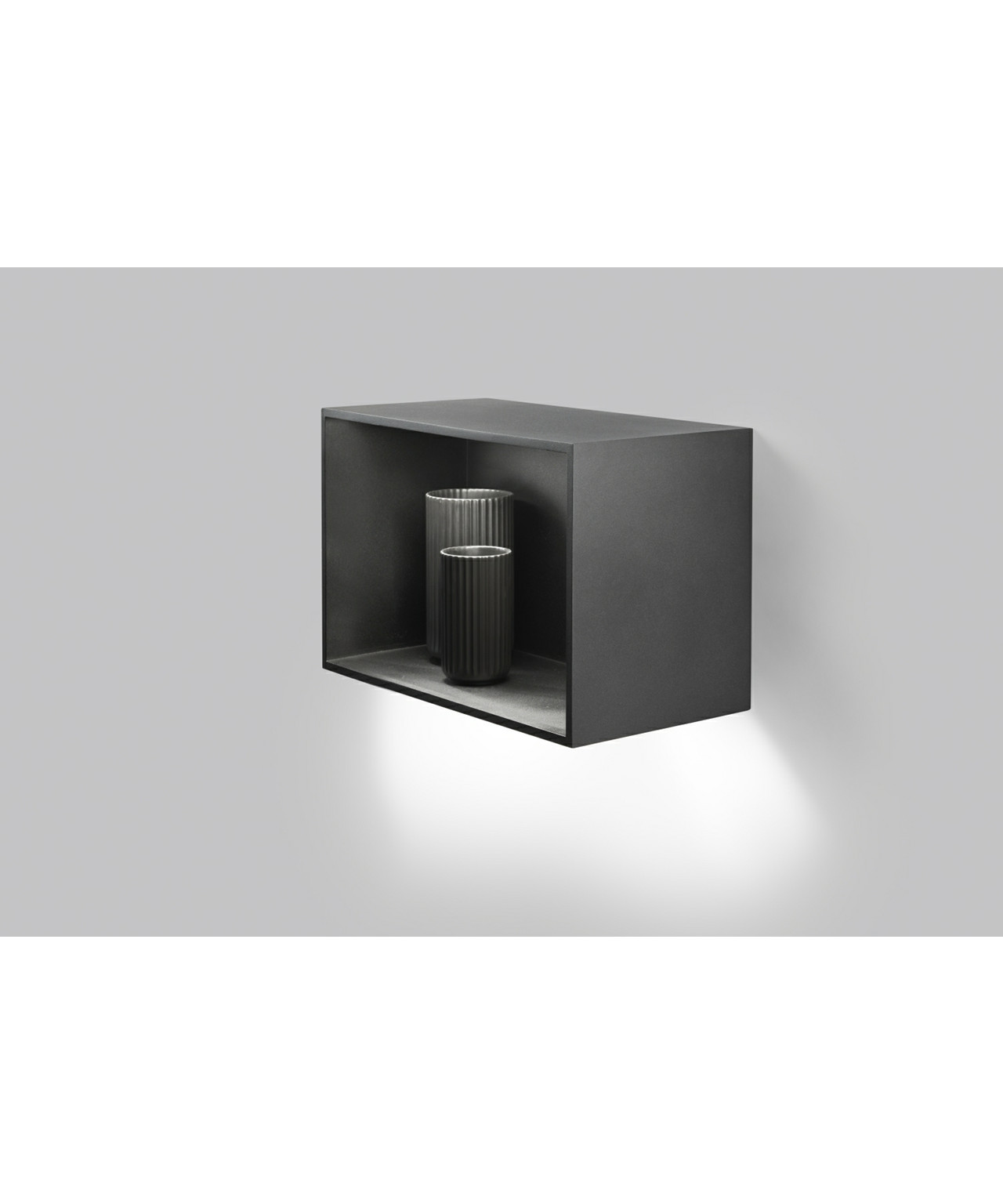 cab 1 wandleuchte schwarz light point. Black Bedroom Furniture Sets. Home Design Ideas