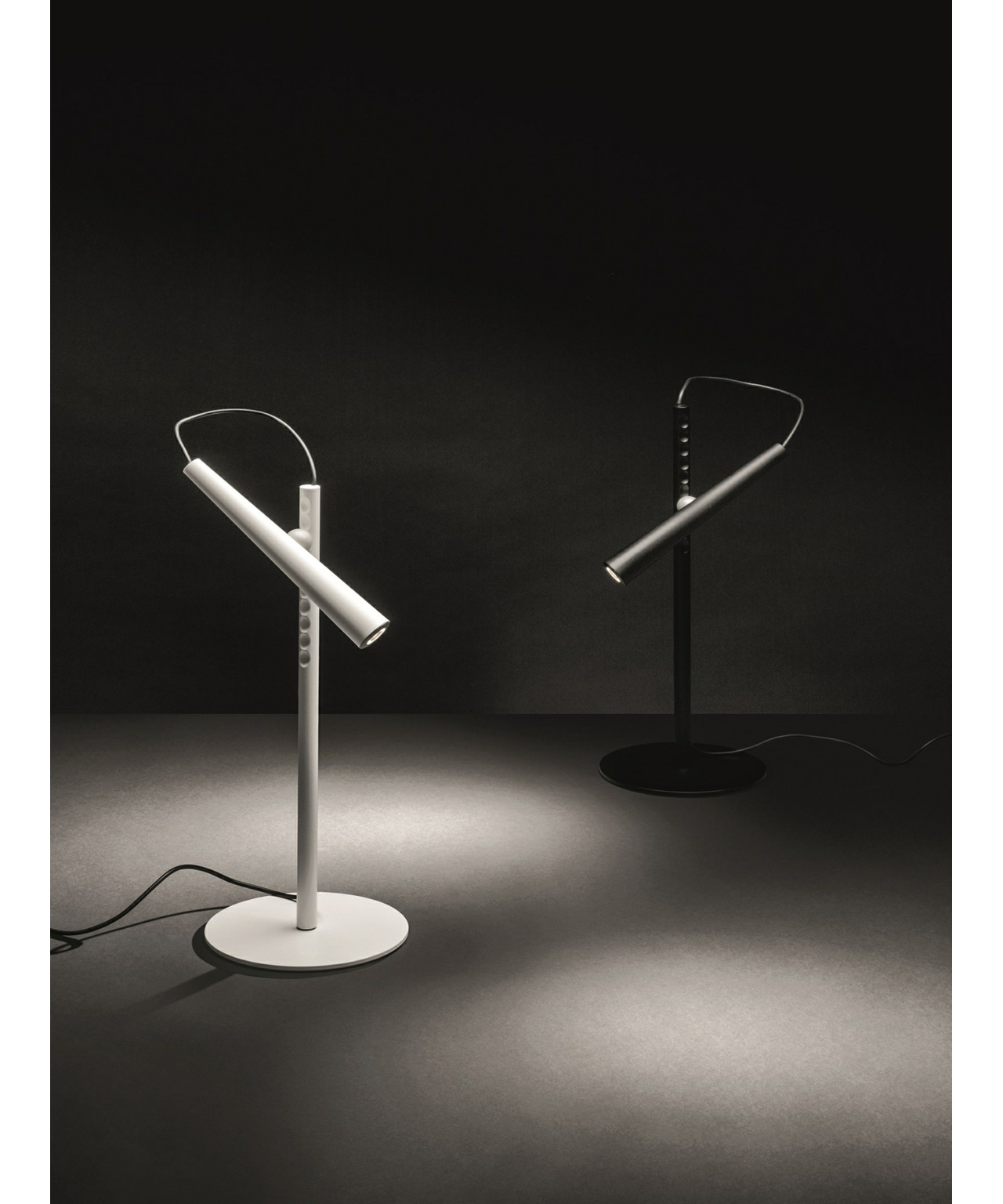 Magneto Bordlampe Sort - Foscarini