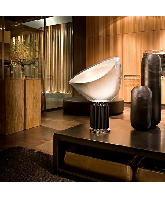 taccia glas bordlampe silver flos. Black Bedroom Furniture Sets. Home Design Ideas