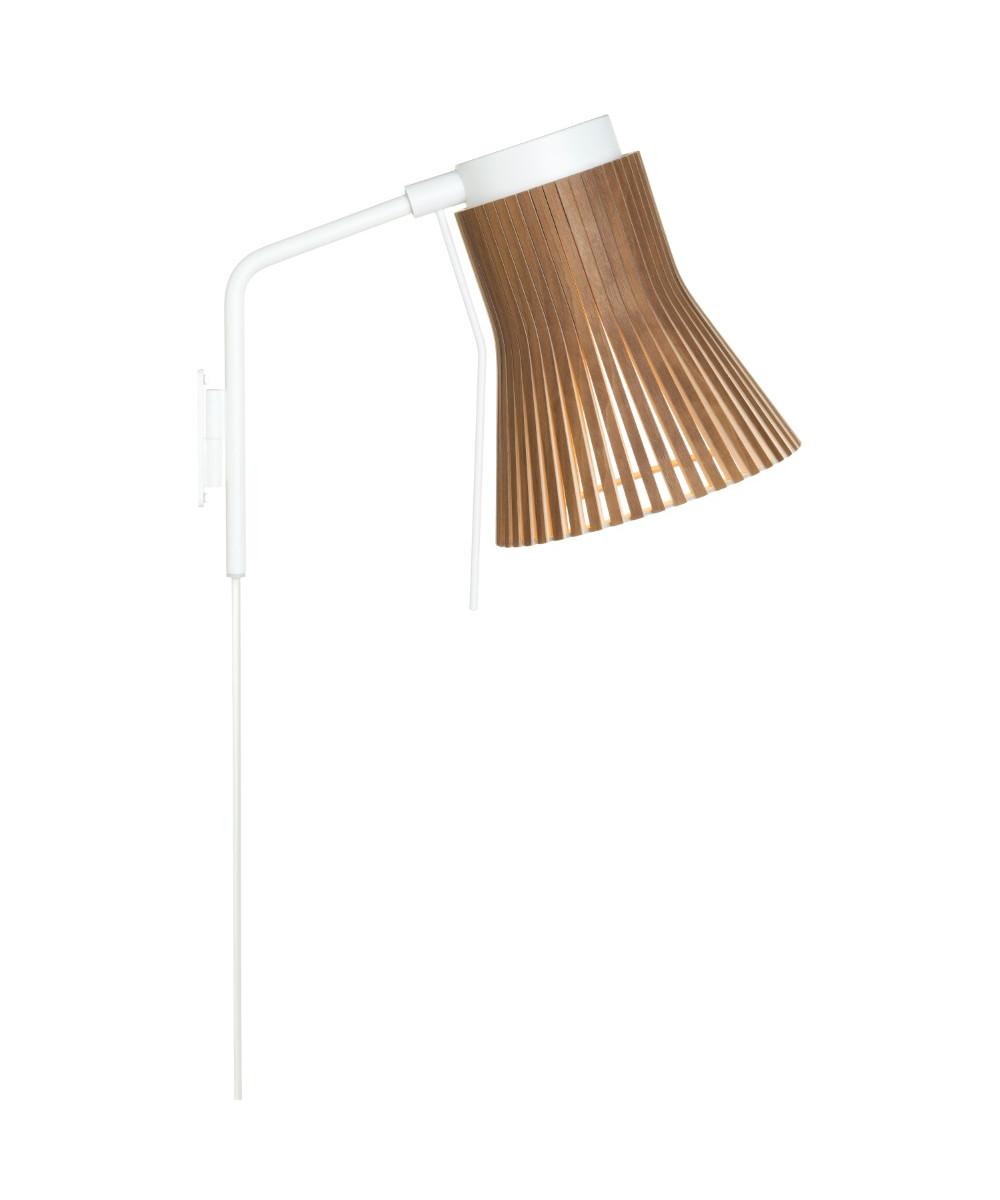 Image of   Petite 4630 Væglampe Valnød - Secto