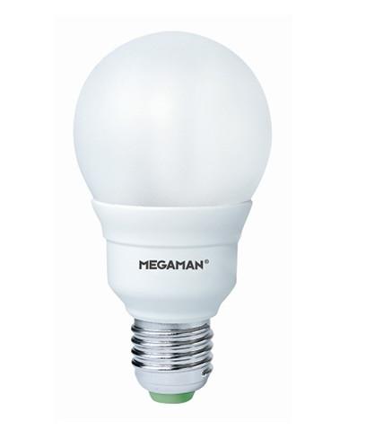 Producent MegamanKoncept LED globepære pære, som kan dæmpes. Den har 810lm, hvilket svarer til ca. 60-75W. Den har et varmt lys med 2800 kelvin. Hvis du har det lidt svært med det, med pærer, kommer der her en lille kort forklaring om de vigtigste ting, du skal være opmærksom på. I dag bliver lysstyrken målt på lumen i stedet for watt. Du kan nogenlunde gå ud fra nedenstående. 15W = 140 lumen 25W = 250 lumen 40W = 470 lumen 60W = 800 lumen 75W = 1050 lumen 100W = 1520 lumen Derudover kan man også se på en pære, at der er oplyst en RA eller CRI værdi. Det er lysets evne til at gengive farver og det vurderes på en skala fra 0-100 RA. 100 RA giver den bedste farvegengivelse og det er det, man får fra dagslys. Til et almindeligt hjem, skal man vælge pærer med en RA værdi på mere end 80. Der vil også være oplyst en kelvingrad. Dette er lysets farve. En pære med en kelvingrad på 2.700 - 3.000 har et varmt lys. 4.000-4.5000 giver et neutral til køligt lys og er den mest optimale lysfarve at a