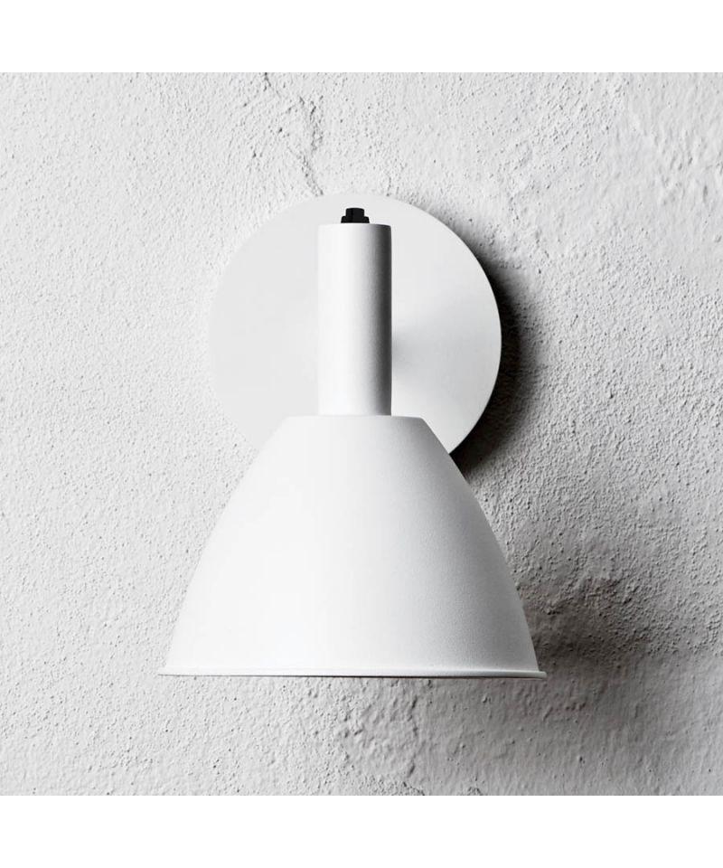 Bauhaus 90w væglampe hvid